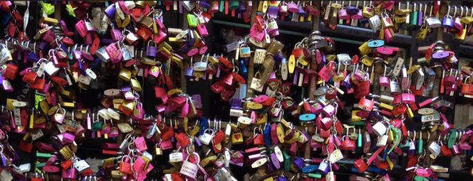 Love locks at Casa di Giulietta Verona, Italy