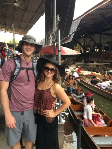 Damnoen Saduak floating market outside of Bangkok, Thailand