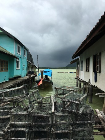 A floating fishing village outside of Phuket, Thaliand