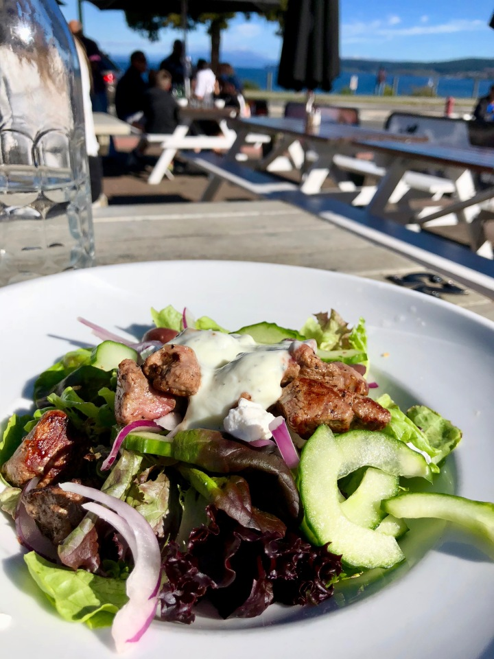 Lunch by Lake Taupo in New Zealand