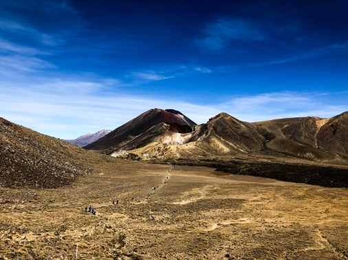 The hike to the top of Tongariro Alpine Crossing, New Zealand